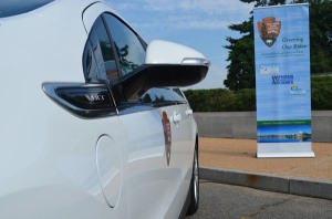 With innovative alternative fuels set against the backdrop of the Jefferson Memorial, old meets new on the National Mall, but progress remains constant. GWRCCC, along with PERC and NPS, celebrated the use of new, greener propane mowers, two electric cars, and charging stations at a ribbon-cutting event in June.